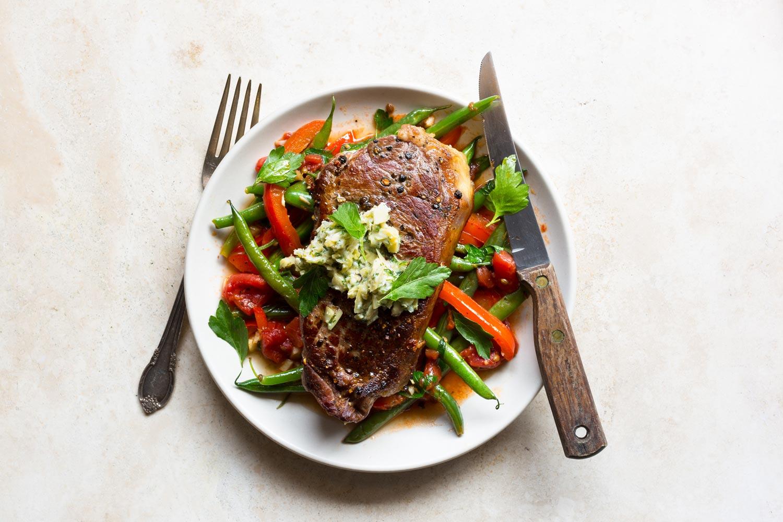 Steak with artichoke butter